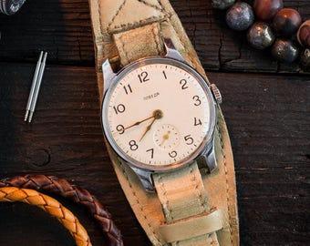 Vintage classic Pobeda watch, vintage wrist watch, soviet mechanical watch, men's watch, russian watch ussr cccp, wrist watch