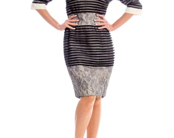 1950s Style Striped Lace Dress With Peter Pan Collar And Bow Size: S/M