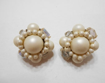 Gorgeous Faux Pearl & Crystal Clip Earrings (6445) Japan