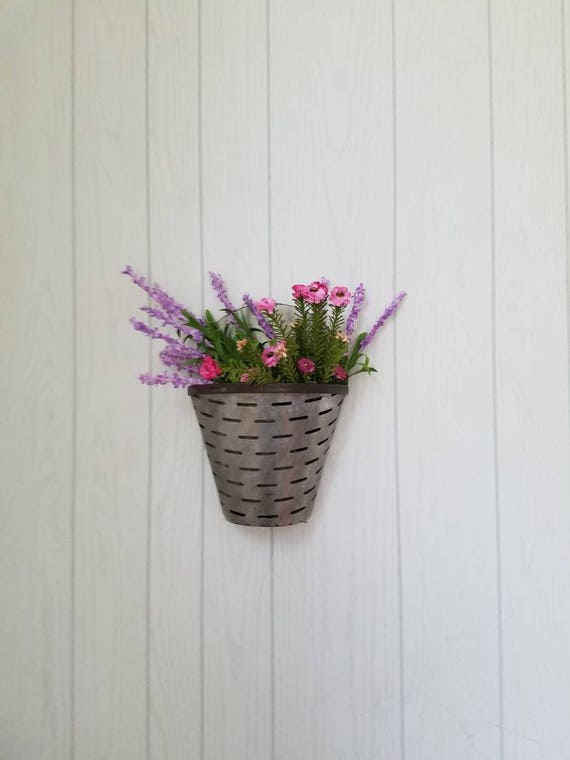 Galvanized metal wall pocket wall planter olive bucket for Metal bucket planter