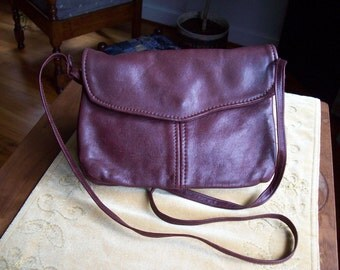 Vintage Victoria Leather Burgundy / Maroon M&M Purse Handbag Circa 1990s