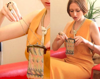 20s Whiting & Davis Purse WRISTLET HANDBAG Deco Dress Small Evening Enamel MANDALIAN Metal Mesh Antique Accessory Ladies chain sterling Bag