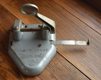 Vintage Hole Punch / Office Decor / Wilson Jones / Marvel / Paper Crafts / Scrapbook / Industrial Office Supplies / Paper Punch / Library
