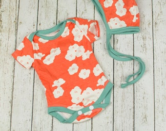 Organic Baby Outfit, Baby Girl Clothes, Baby Bodysuit, Baby Girl Organic, Baby Girl Outfit, Floral Baby Outfit, Baby Girl Gift, Baby Shower