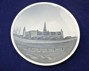 """ROYAL COPENHAGEN Denmark Dish Plate, Kronborg, Crown Castle, TT 2801, 4-1/16"""""""