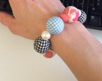 Handmade Retro Kitsch Beaded Bracelet