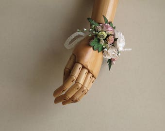 Bridesmaid corsage - Dusty pink & white - Made of mulberry paper flowers - Great for weddings and proms