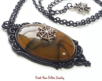 yellow dragon vein agate spider web necklace