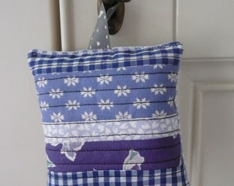 Patchwork Lavender Bag, Organic Lavender Sachet, Vintage  Laura Ashley Fabric, Blue Gingham Provencal Lavender Pouch, Scented Gift, For Her