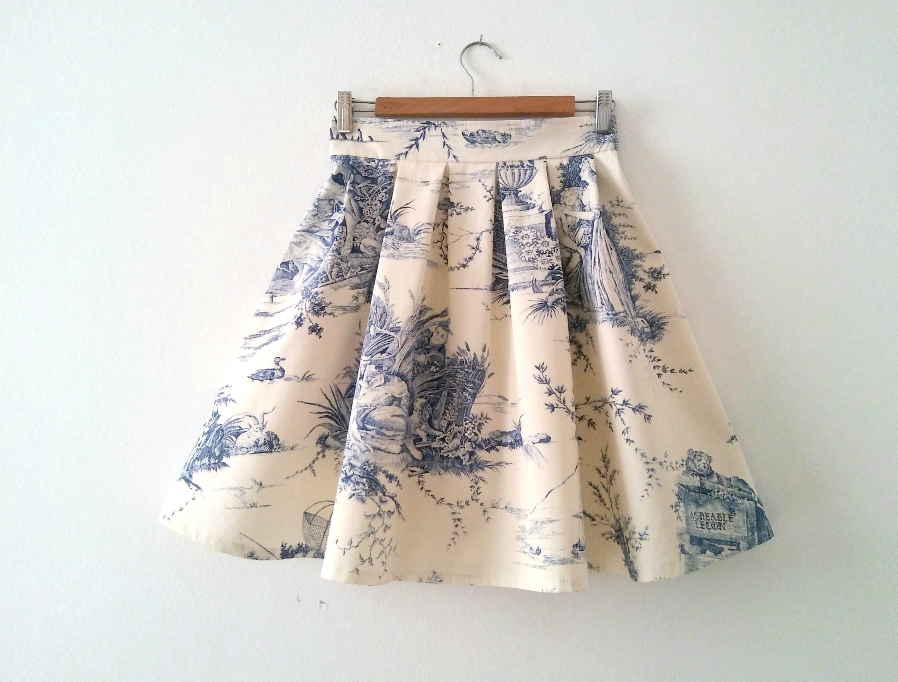 Toile de Jouy Skirt in Blue Cotton Pleated Toile Skirt Blue