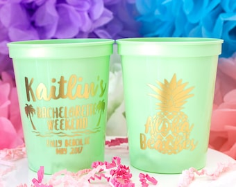 Bachelorette Party Favor, Aloha Beaches, Custom Party Cups, Bridal Party, Plastic Stadium Cup, Personalized Cups, Bar Crawl, Beach Party Cup