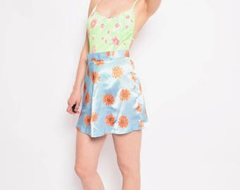 Vintage 90's Blue Satin Mini Skirt / Daisy Print Mini Skirt / High Waist Mini Satin Skirt - Size Medium