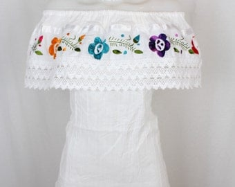 Traditional Hand Embroidered Mexican off the Shoulder Blouse with Lace Trim- White- Cotton- Gauze- Summer