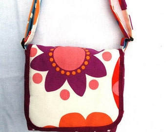 Pocket of bag shoulder bag shoulder bag sling bag purse