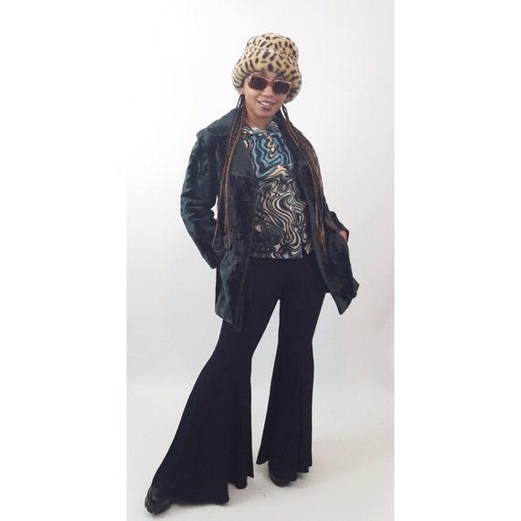 70s Dark Forest Green Faux Fur Jacket Small Medium - Fuzzy Furry 1970s Style Winter Coat - Vegan Fur Outerwear Fall Winter Fashion Vintage