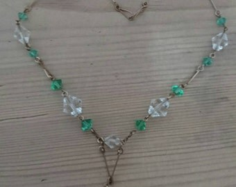 Vintage green and white faceted glass bead necklace