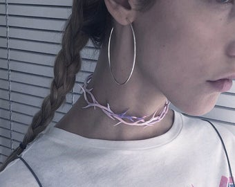 Pastel crown of thorns. Choker. 1 piece.