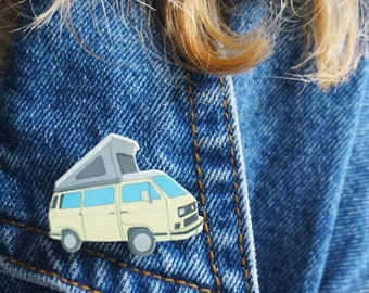 VW Westfalia Pin