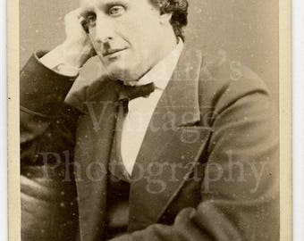 CDV Carte de Visite Photo - Seated Thoughtful Victorian Gentleman Portrait - Barraud & Jerrard of London England