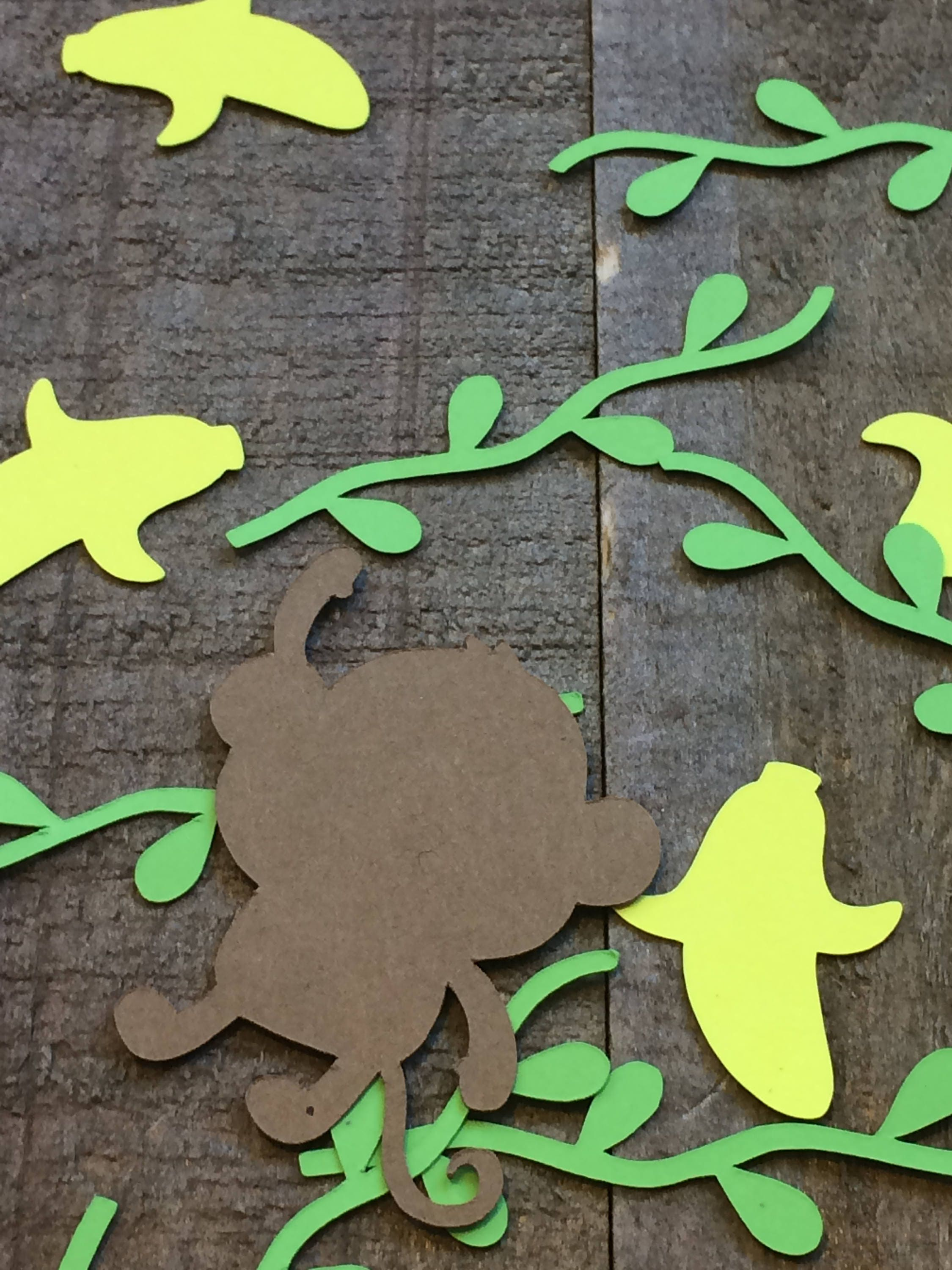 Monkey banana and vine table confetti jungle theme baby for Table and vine