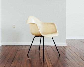 Rope Edge First Generation Herman Miller Eames Armchair on Original X Base. Rare Lemon Yellow color - Excellent vintage condition.
