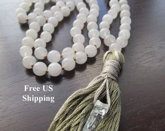 Mala Beads Snow Quartz and Sodalite, 108 Mala Beads, Mala Necklace, Prayer Beads, Yoga Jewelry, Japa Mala, White Mala, Beaded Necklace