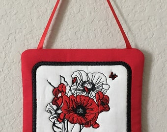 Red Poppy Wall Hanging,Hostess Gift,Housewarming Gift,Handmade,Red,Black,Home Decor,Birthday Present,Stipple,Embroidery,In The Hoop,Flowers