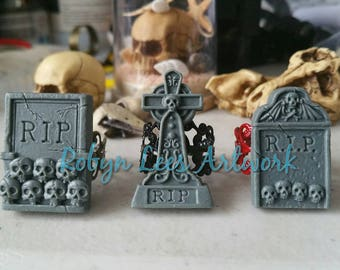 Grey Resin RIP Headstone Monument Tombstone Grave Adjustable Filigree Ring in Bronze, Black or Red. Gothic, Costume, Victorian