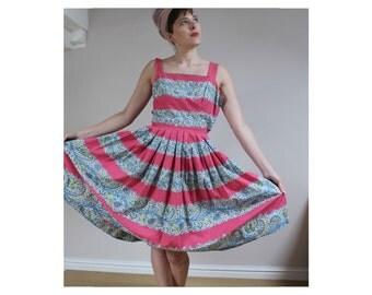 1950s sundress summer dress cotton sun dress pink sundress 50s dress floral vintage dress size 10 12 dress paisley dress pleated pink dress