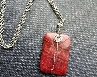 Pink rhodonite stone wrapped on silver-pink and black gemstone pendant necklace-rhodonite pendant necklace-pink gemstone necklaces-rhodonite