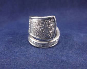"""FREE SHIPPING Silver Spoon Ring- """"Durham""""- Vintage Handmade-Spoon Jewelry size 7."""
