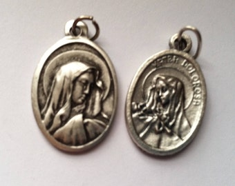 Mater Dolorosa (Mother of Sorrows) holy medal - Catholic, Mother of God, Blessed Virgin Mary