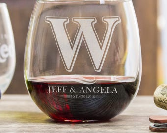 wine glasses personalized, wedding gifts for couple, wedding gift personalized, Monogrammed gifts, etched wedding gift, anniversary gifts
