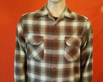 Vintage Men's Pendleton wool plaid shirt long sleeve size Large