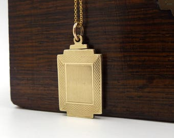 Art Deco Gold Locket Necklace | 9ct Gold Back And Front Locket Pendant | Antique 9K Locket On A Chain