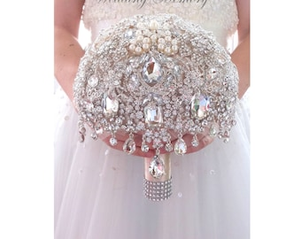 BROOCH BOUQUET Cascading princess champagne glamour brooch bouquet by Memory Wedding