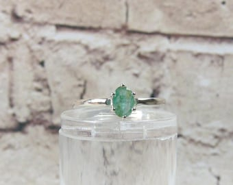 Emerald ring, Solitaire ring, gemstone, Emerald, engagement ring, gemstone green, ring stone, oval, gift, engagement, mother's day, birthday