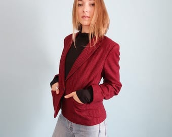 Amazing Vintage Red and Black Houndstooth Blazer!
