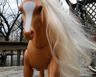 Vintage 1993 Barbie High Stepper Palomino Walking Horse