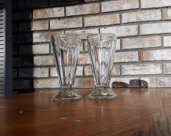 """2 Antique Ice Cream Glasses / Clear Vintage Dessert Cups / Old-Fahsioned Ice Cream Serving Dishes 7.5"""" Tall / Milkshake Glasses"""