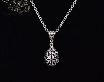 """Necklace """"Eternis"""" - Medieval celtique filigree drop pendant"""