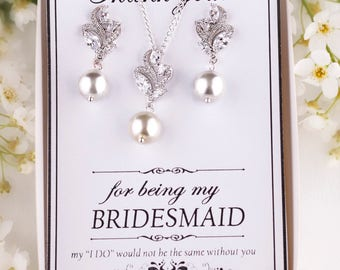 Bridal jewelry set Bridesmaid Jewelry Set Bridesmaid Gift Personalized Bridesmaid Earrings Pearl Necklace Wedding Jewelry set Pearl earrings