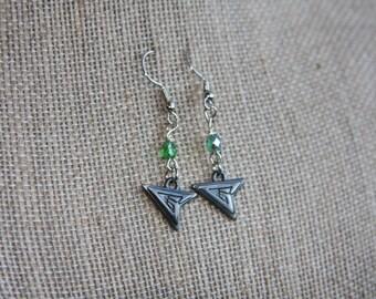 Arrow Earrings, Green Arrow Earrings, Arrow Earrings with Green Beads, Comic Book Earrings, TV Show Earrings