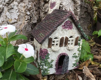 Fairy Garden   Miniature Ivy House Cottage   Lovely Resin Home for Fairies & Gnomes   Hinged Door!