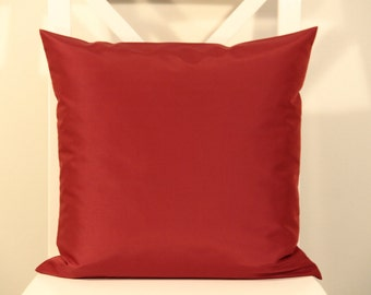 Decorative pillow/Throw Pillow Cover 16x16/ Red/ Designer fabric