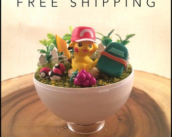 Pokeball Terrarium - Pokemon- Pikachu with hat