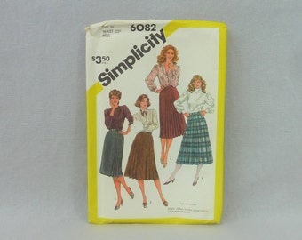 """1983 Pattern - Misses' Pleated Skirt in Three Lengths - UNCUT Simplicity 6082 - Size 10 - 1980s Sewing Pattern - 25"""" w"""
