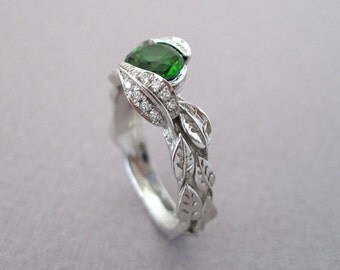 Diamond Leaves Engagement Ring, Emerald Leaf Engagement Ring, Green Leaf Ring, Green Gem Leaves Ring, Natural Floral Leaves Engagement Ring