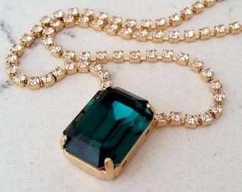Emerad necklace,Emerald green Swarovski necklace,Emerald Bridal necklace,Bridesmaids gift,Pendant necklace,Wedding jewlery,Octagon pendant
