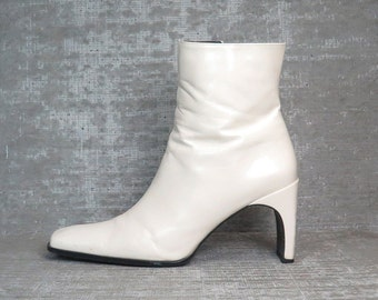Vtg 90s Ivory Futuristic Minimalist Structural Boots 9.5